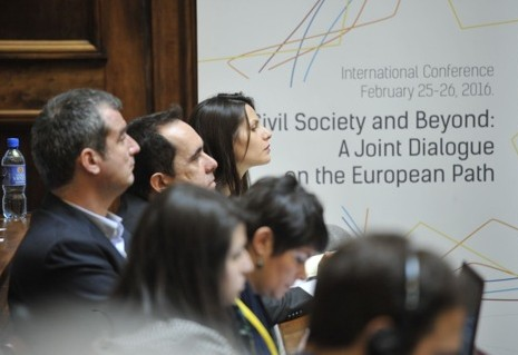 Beyond civil society: Prospects and limits for civil society's role in EU integration in the Balkans